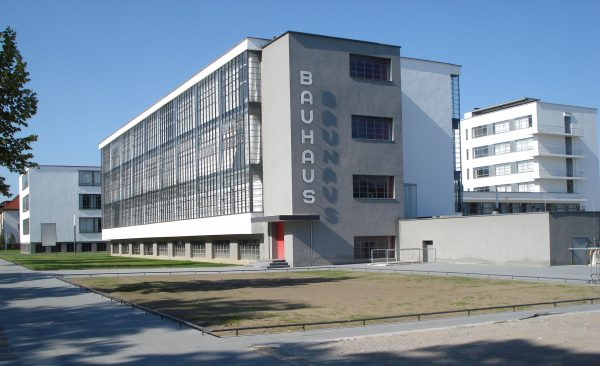 bauhaus dessau brick architect