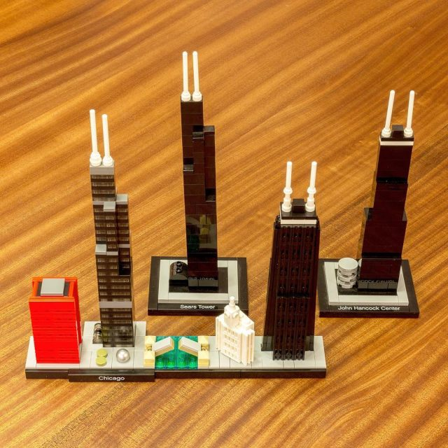 Today LEGO released three new Skyline sets featuring Chicago Londonhellip