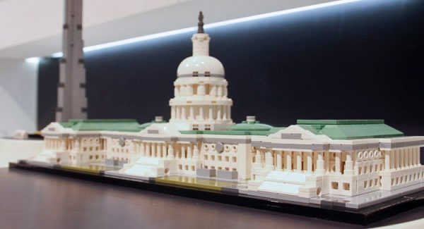 Summer 2016 Lego Architecture Buckingham Palace Amp Us