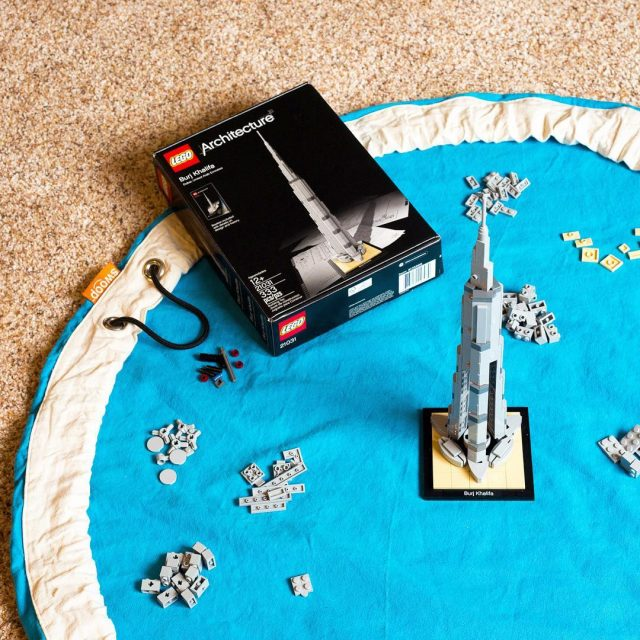 Building LEGO Architecture set 21031 Burj Khalifa without using thehellip